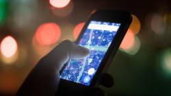 Critiqué, le mobile se vend toujours comme le messie d'un monde