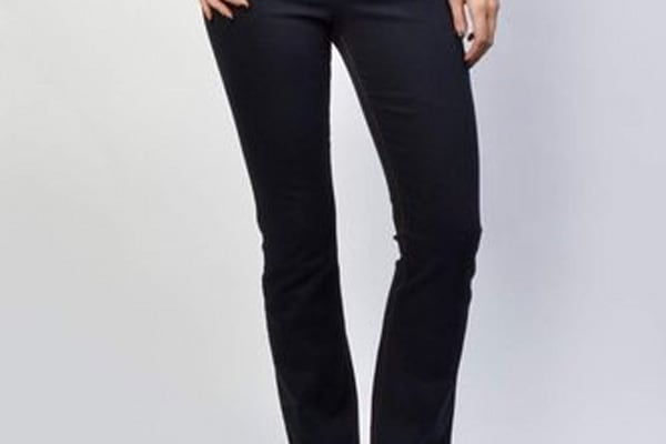 c72cb7c2f3374 7 Retailers That Sell Jeans For Curvy