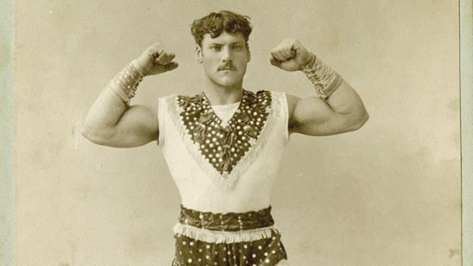 """Louis Apollon """"Champion du monde force"""" en"""
