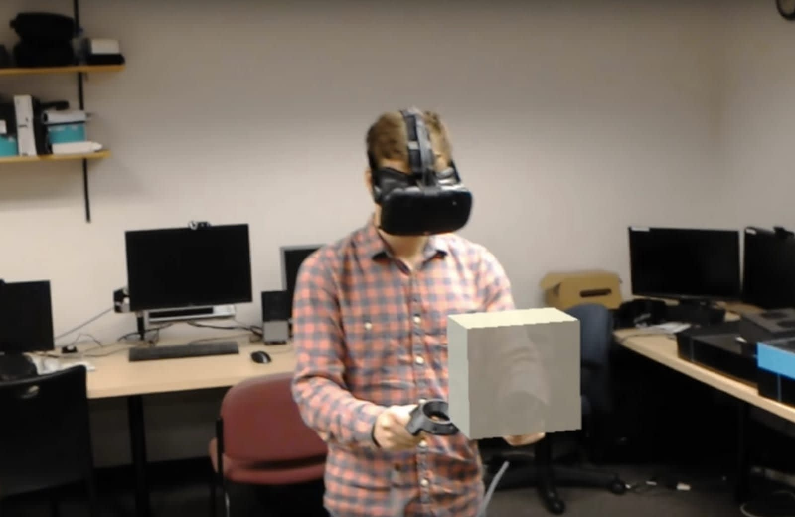 Developer combines HoloLens and Vive for 'shared reality'
