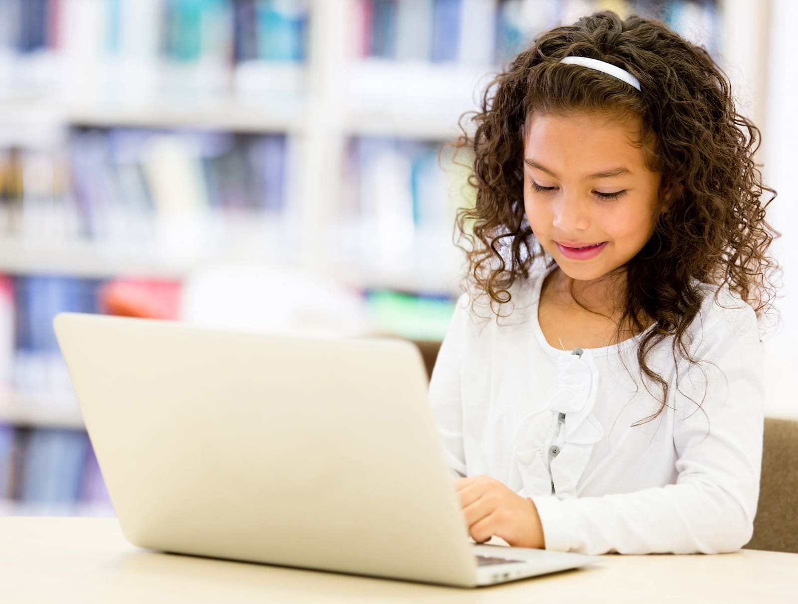 Google helps libraries encourage kids to code