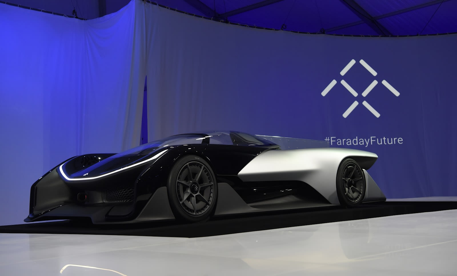 David Paul Morris Bloomberg Via Getty Images Construction On Faraday Future S Nevada Ev Manufacturing Plant