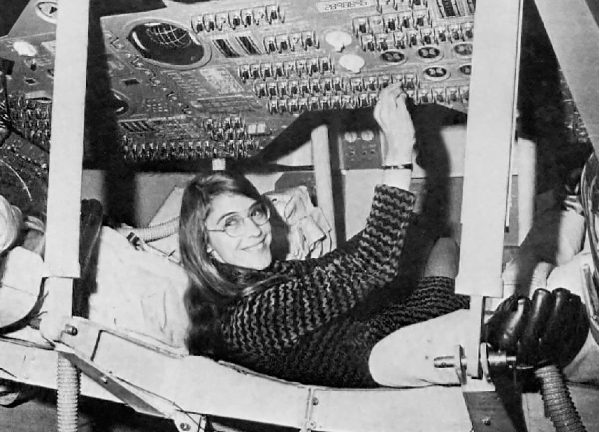 Obama honors code pioneers Grace Hopper and Margaret Hamilton