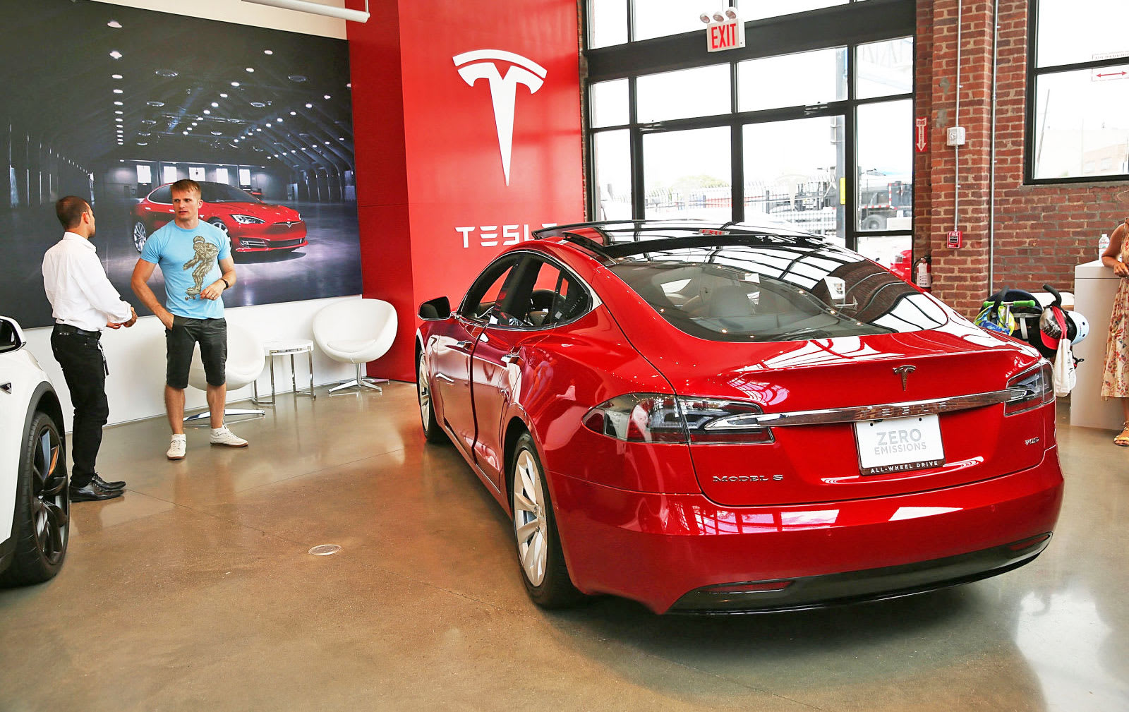 Spencer Platt Getty Images Tesla Introduced Its Re Value Guarantee