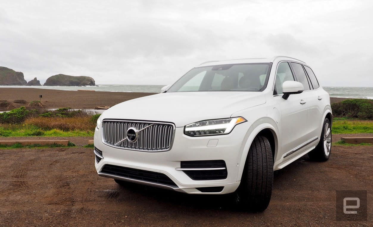 Volvo's new self-driving tech could let you sleep during ...
