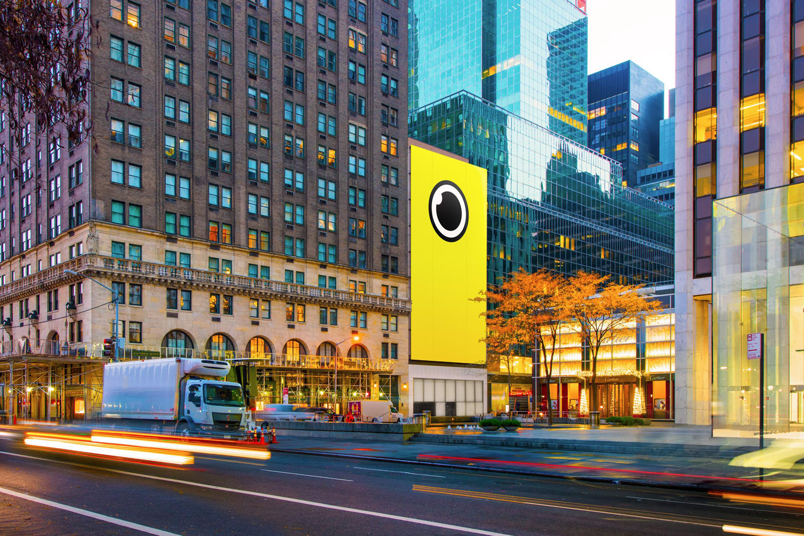 73f71f4afeaa You knew it was just a matter of time -- after stops in California and  Oklahoma, Snapchat is now selling Spectacles in New York City.