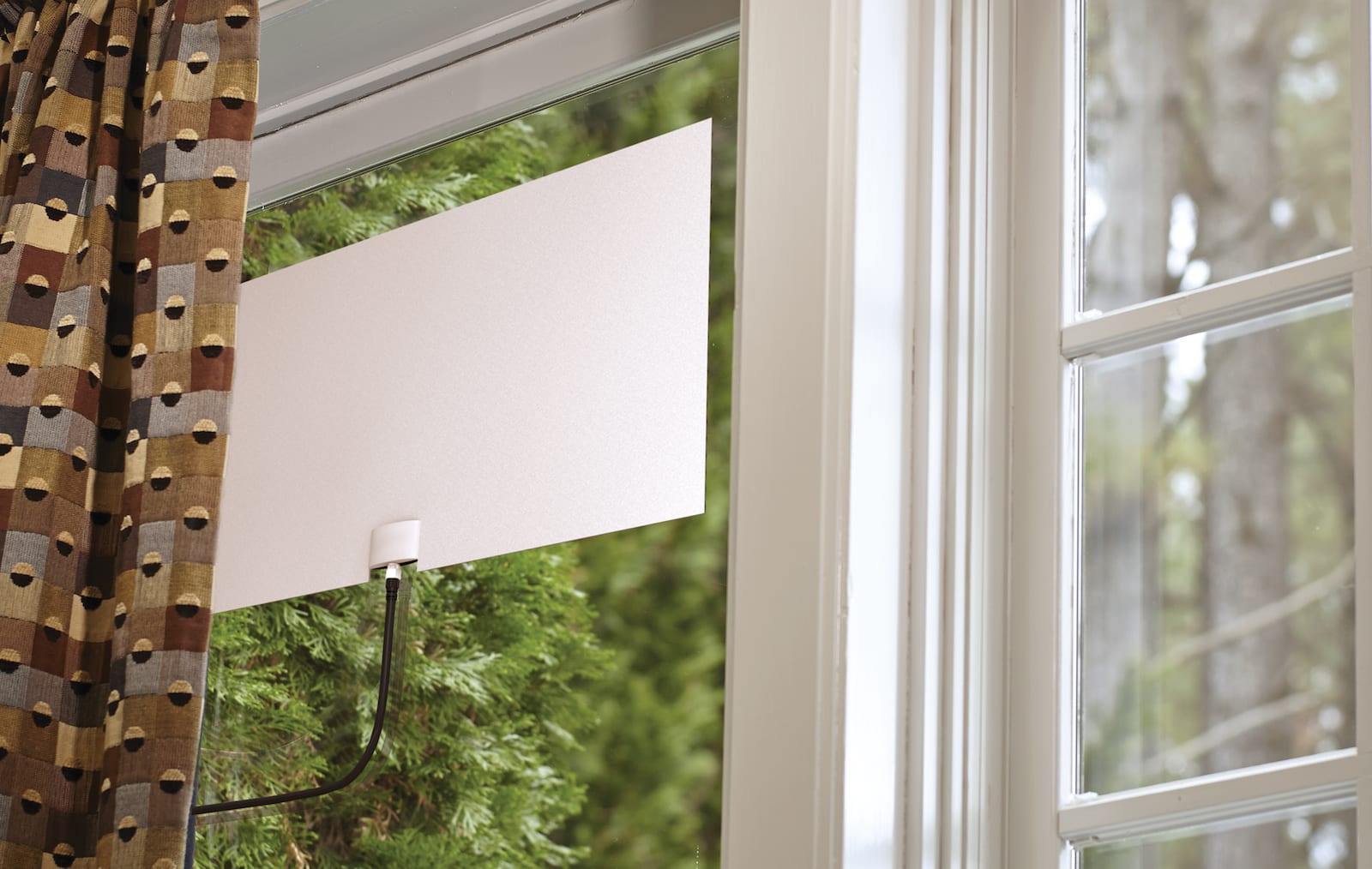 Mohu's latest indoor antenna has a 65-mile range