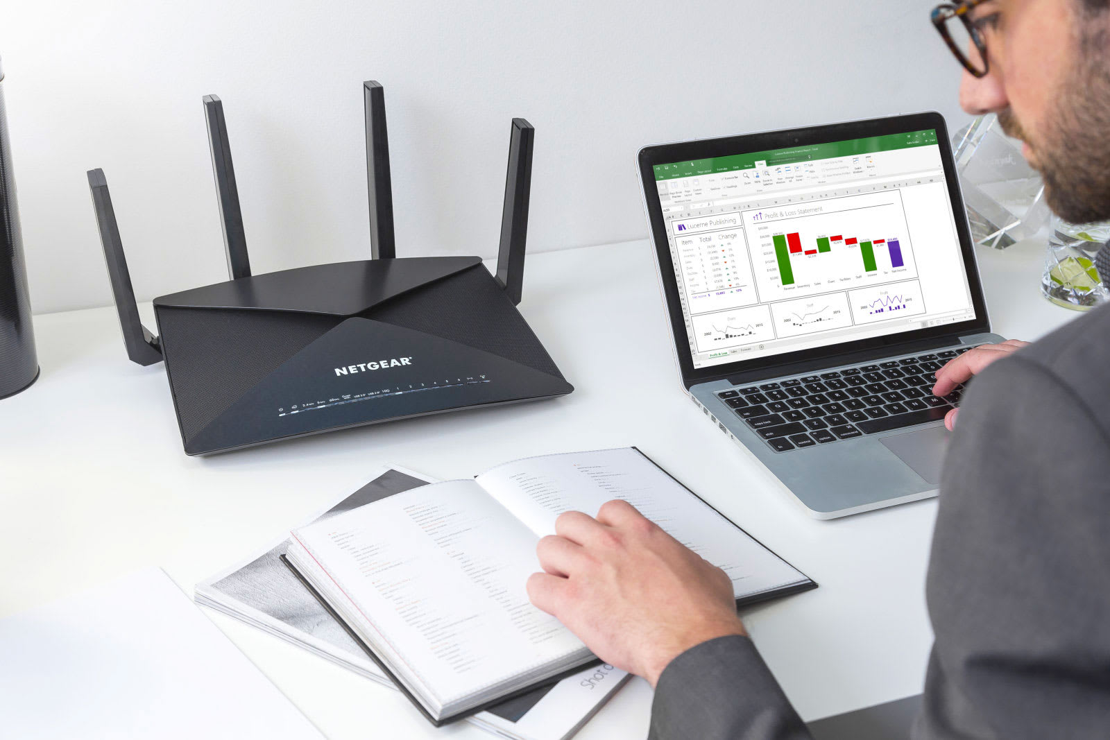 Netgear's new Nighthawk router doubles as a Plex server