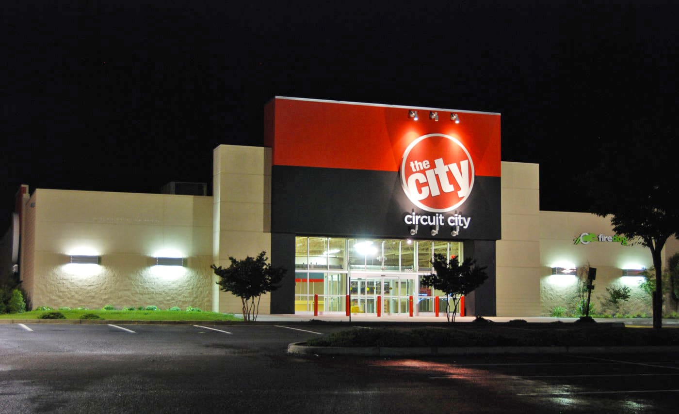 Circuit City Is Coming Back Light Laser Led Gt Circuits Traffic Lights For Games With Radioshacks Recent Demise Isnt Keeping From Getting Into The Retail Business According To Twice A Publication That Covers Tech