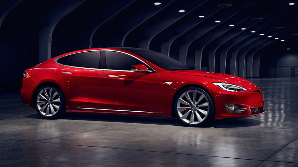Third Quarter S Of The Tesla Motors Model Electric Sedan Surged 59 Percent From Last Year To 9 156 Units Company Confirmed Autoblog Today