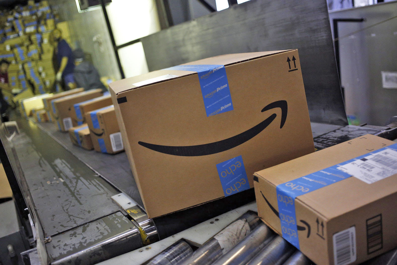 Amazon helps you sell your old goods, but only in India