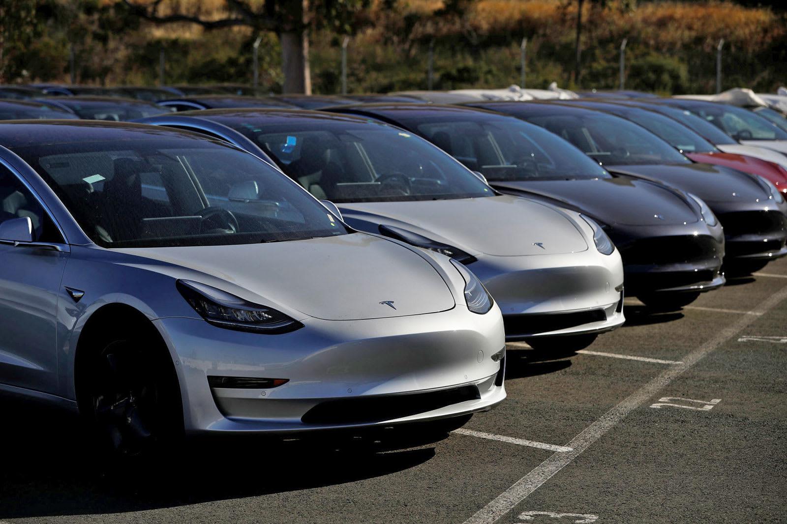 Tesla confirms it finally made 5,000 Model 3s in a week