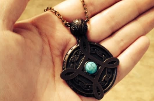 Skyrim-inspired engagement takes a marriage proposal to the knee