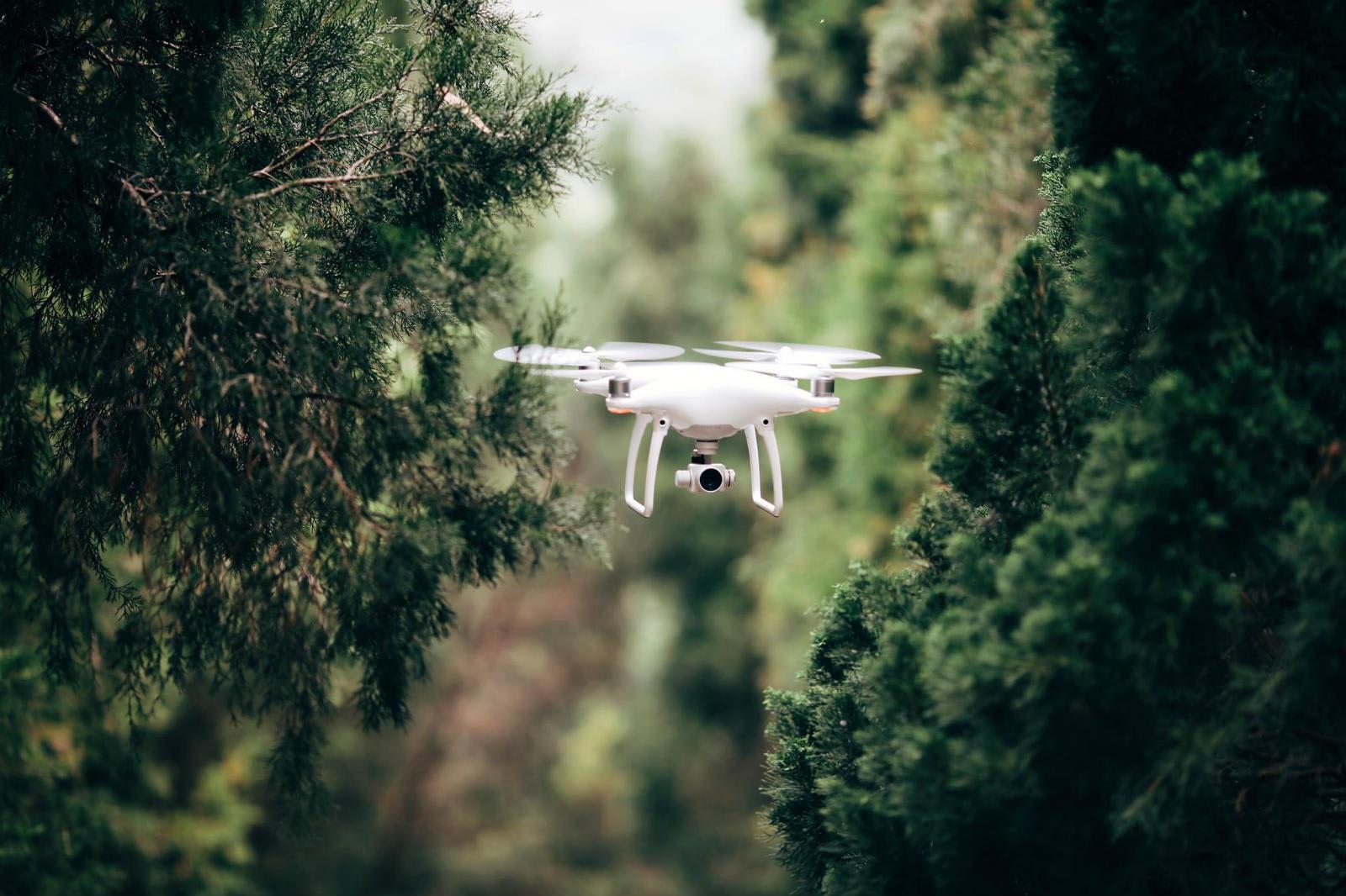 DJI drones are getting an offline mode for secret flights