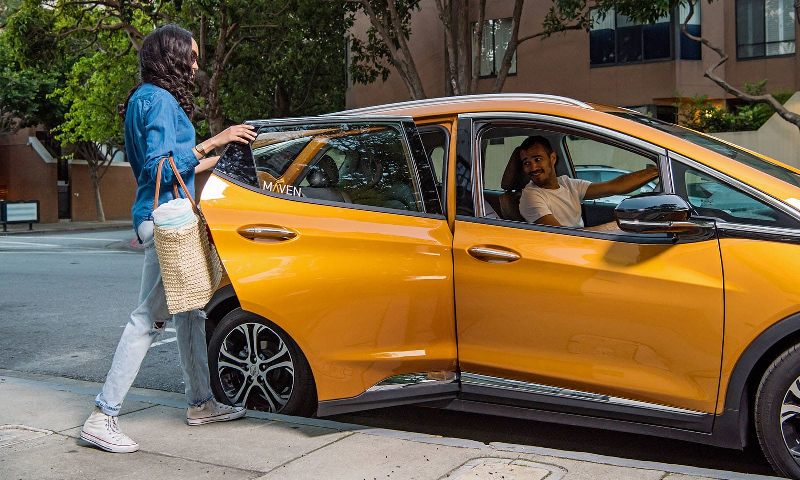 GM expands car rental service for gig economy workers
