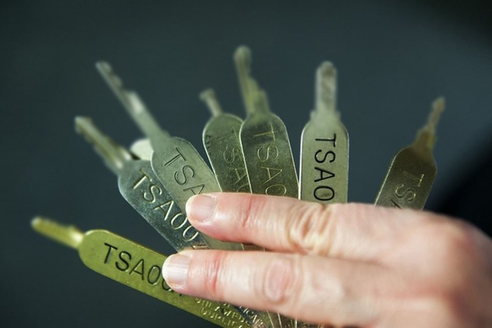 TSA inadvertently shows the dangers of master baggage keys