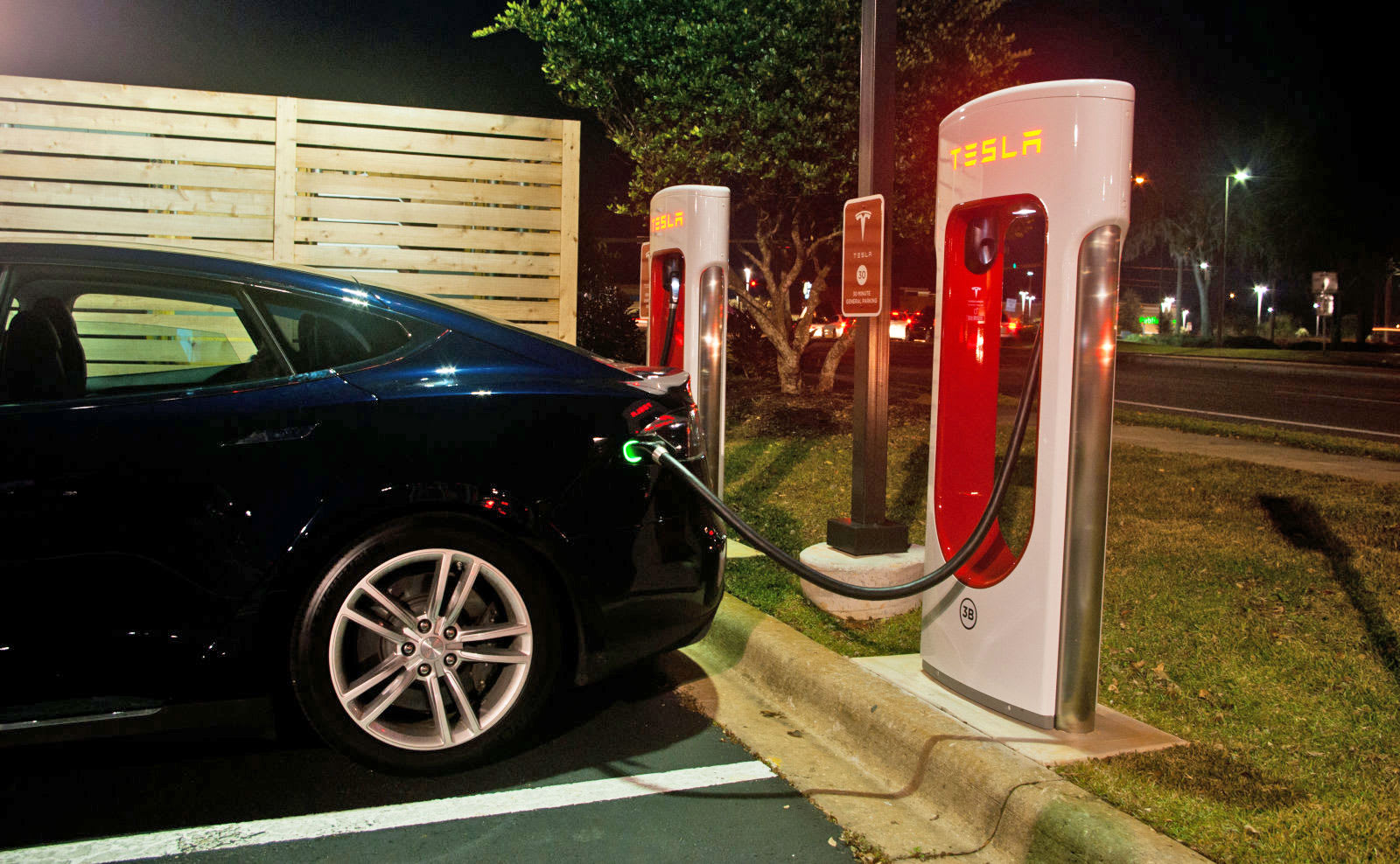 If You Ve Still Yet To Your Dream Model X Or S We Re Afraid Only Have A Of Days Get One With Free Lifetime Access Tesla Supercharger