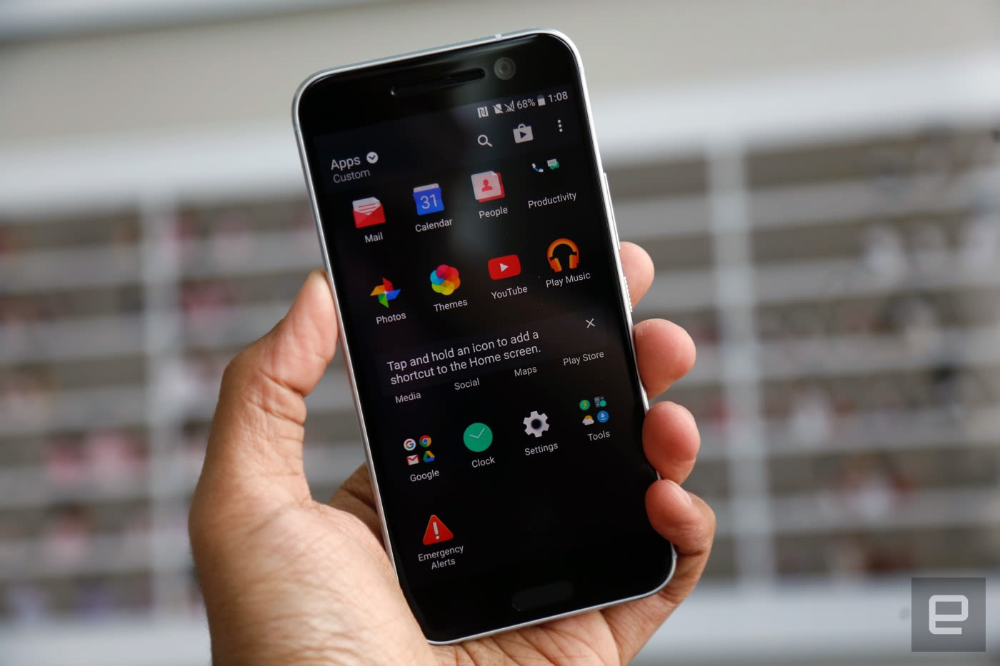 HTC's Boost+ app promises to declutter your Android phone