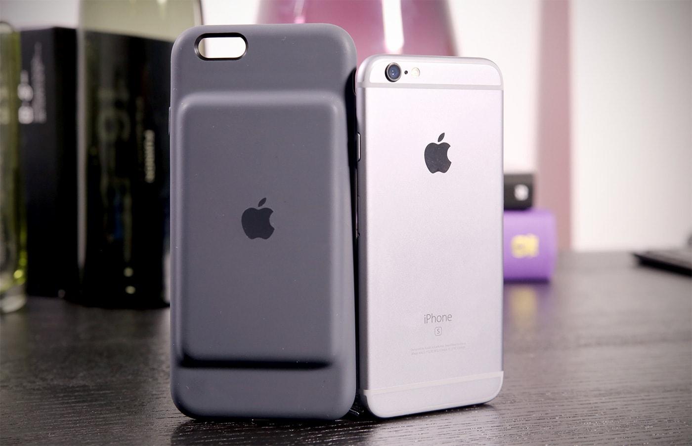 ae2387eab3e Apple tiene un nuevo accesorio con el que tentar a tu cartera y te  aseguramos que no te va a dejar indiferente. Se trata de la Smart Battery  Case, ...