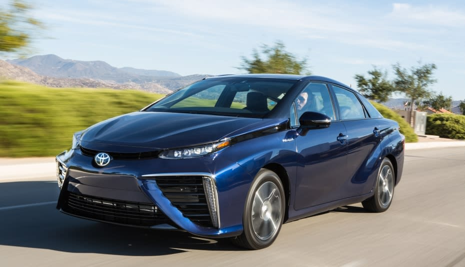 Toyota Has Announced That Its Upcoming Fuel Cell Vehicle Fcv Will Be Called The Mirai And It S Building A Network Of Hydrogen Stations In Us
