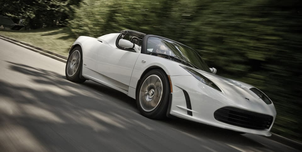 Tesla Ceo Elon Musk Talked About A Fairly Exciting Upgrade I E An Improved Battery Pack To The Company S First Car Lotus Based Roadster