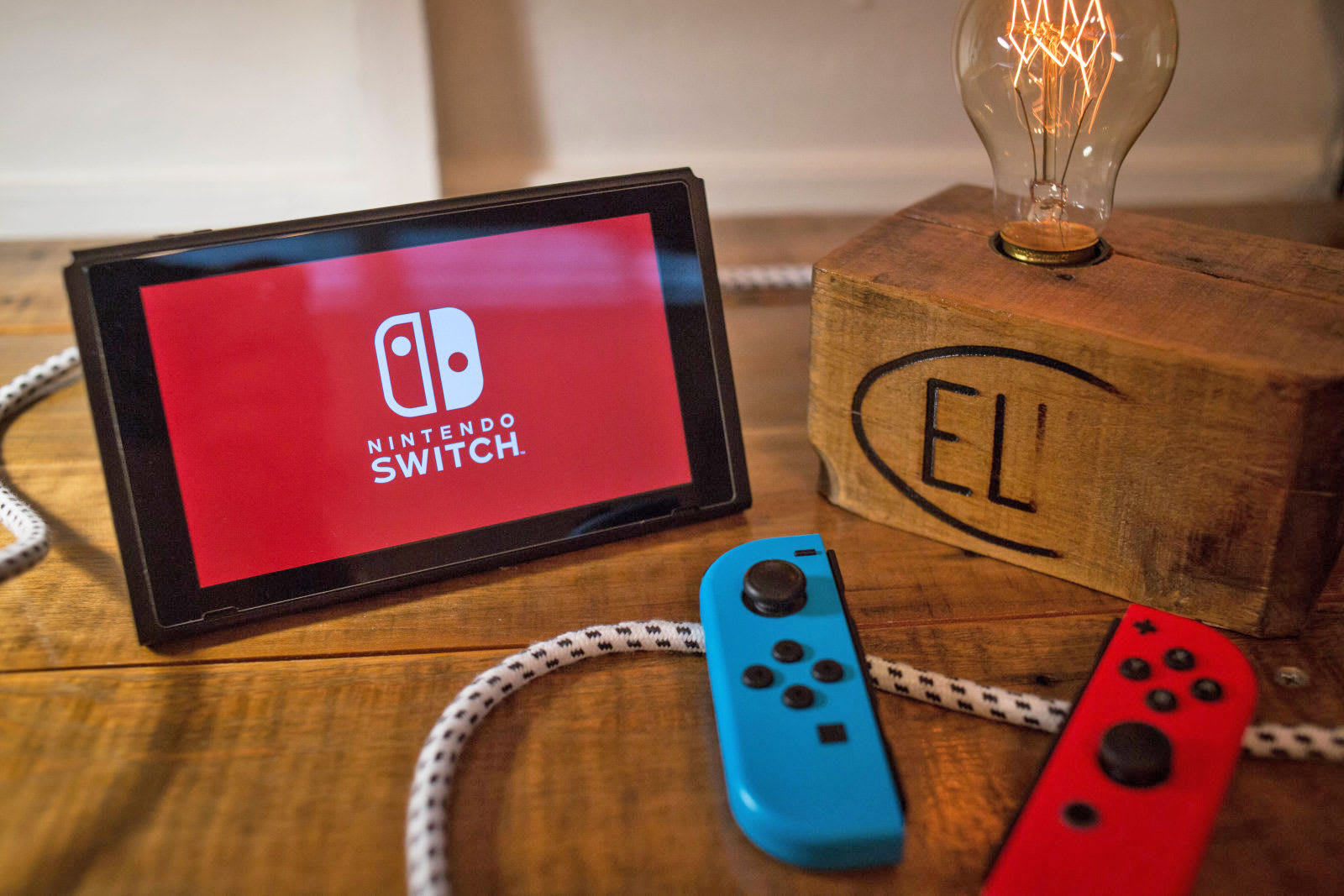 Nintendo's Switch Online service launches September 18th