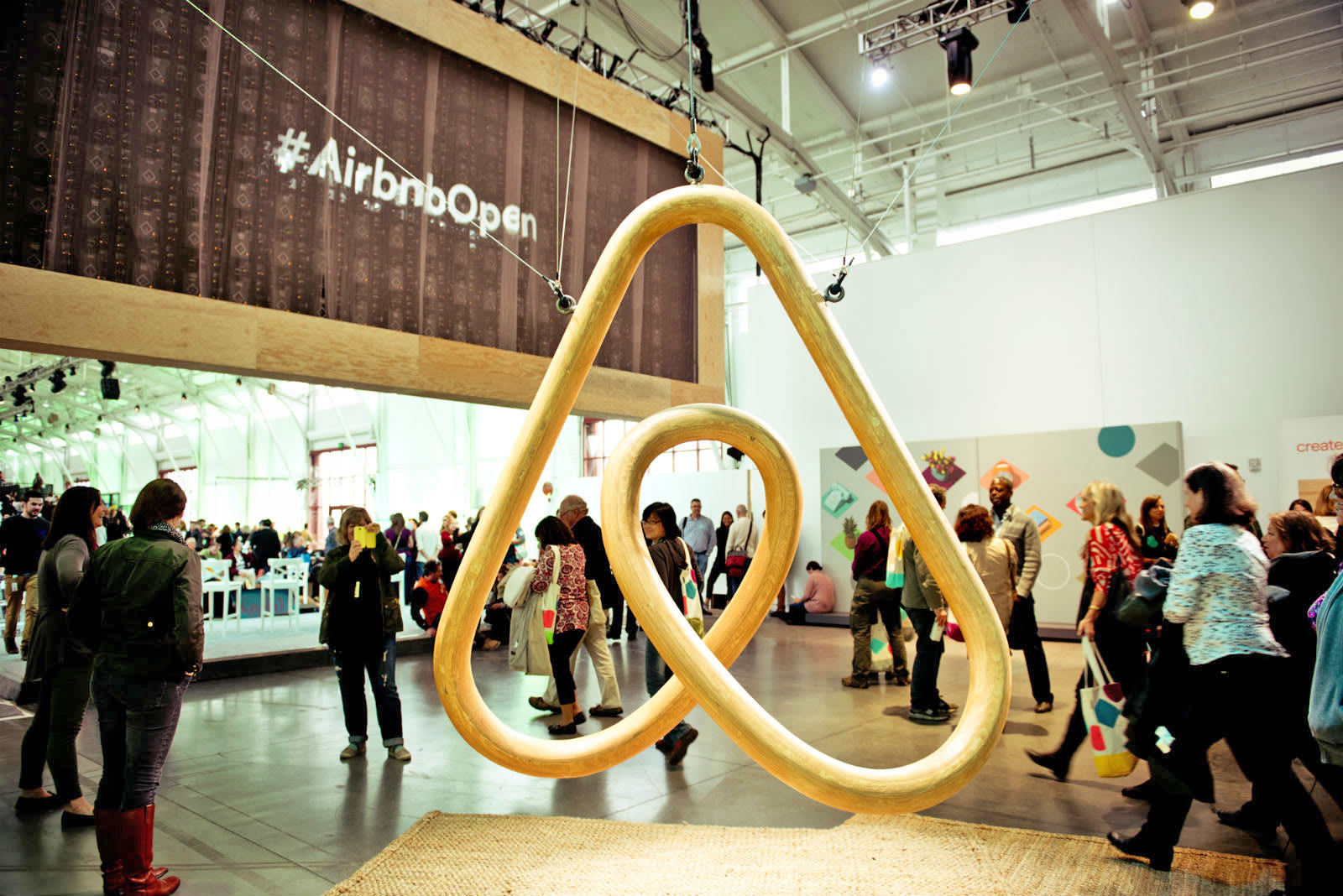 Airbnb taps San Francisco's biggest landlord for short-term