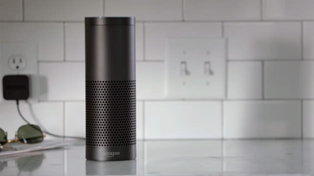 Amazon Echo controls Belkin WeMo and Philips Hue with your voice