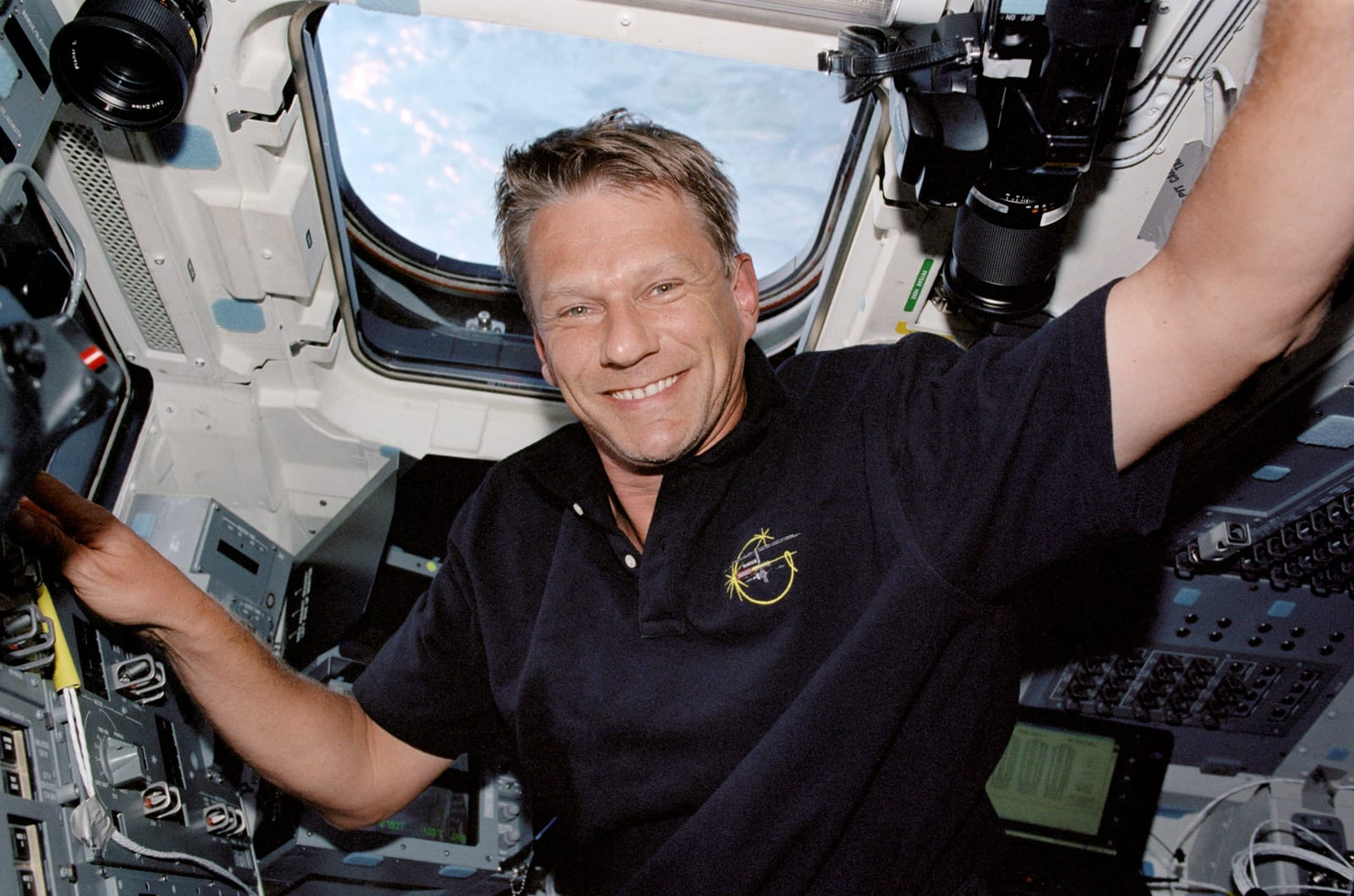 Astronaut and climate scientist Piers Sellers dies at 61