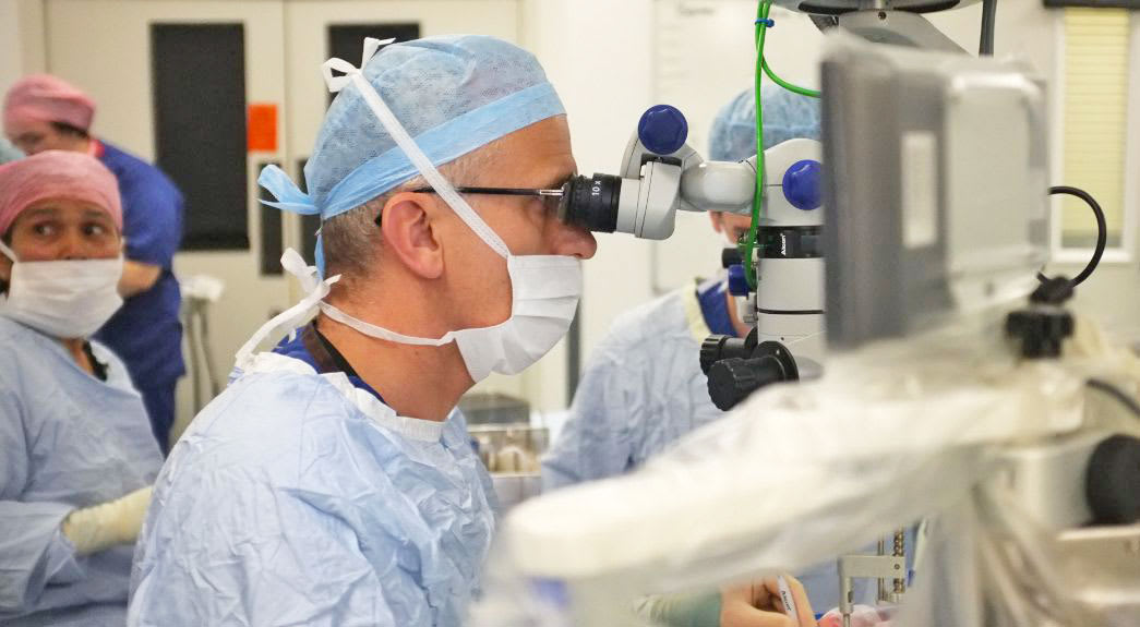 Robot that performs surgery inside your eye passes clinical trial