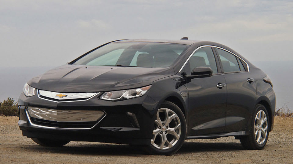 There S A Hit Vehicle Hiding In Gm Formula For The Chevy Volt You Can Sense It Enthusiasm That Cur Drivers Have Their Cars