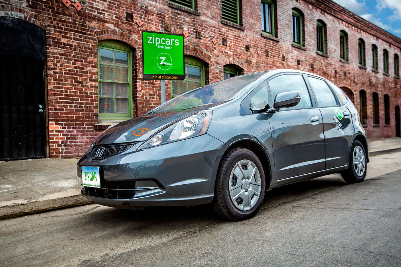 Zipcar Tests Pay Per Mile Pricing System For Short Trips