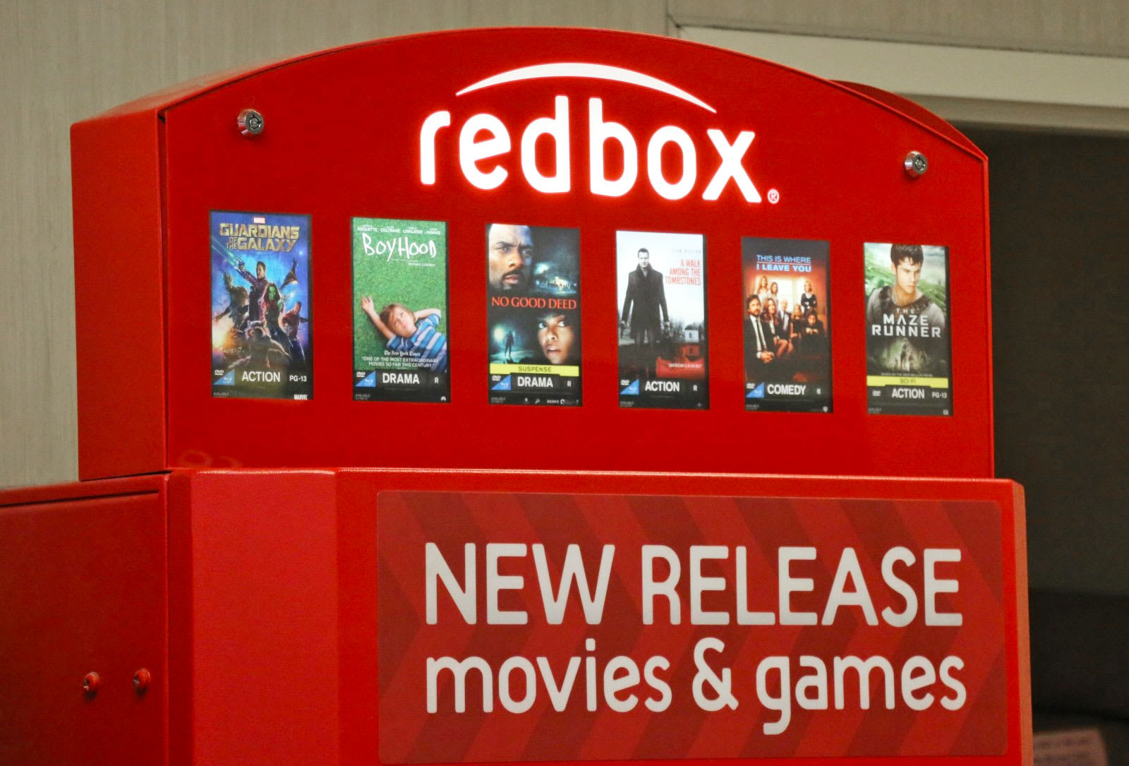 Redbox will rent Warner Bros  films on release day (updated)