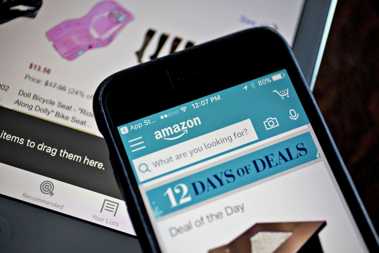 3a7549654c Amazon Spark curates an Instagram-like shopping feed