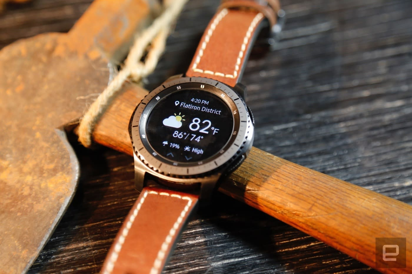 Samsung Pay on the Gear S3 works with any Android smartphone