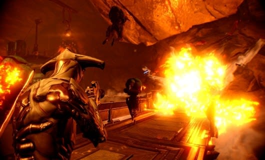 E3 2013: Warframe is coming to a PS4 near you