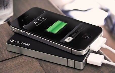 cheaper 7a756 df30f Mophie Juice Pack Powerstation delivers slim portable charging, on ...