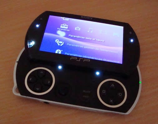 PSP Go scores its first mod job, a handful of white LEDs