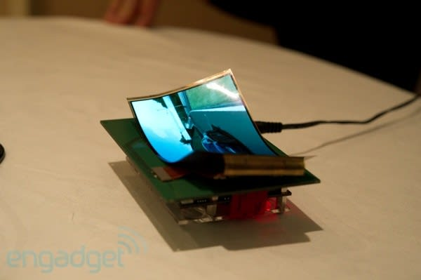 Samsung shows flexible and transparent displays at CES 2011