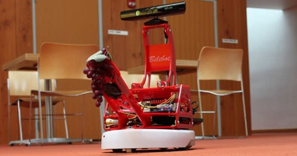 BiliBot combines Kinect, iRobot Create and gripper arm for