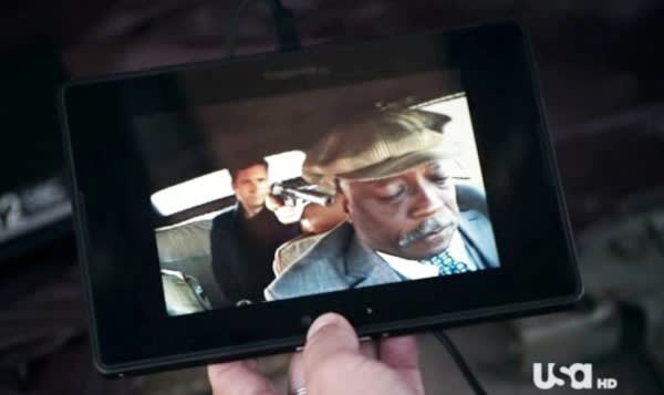 Screen Grabs: BlackBerry PlayBook pops up on 'White Collar'