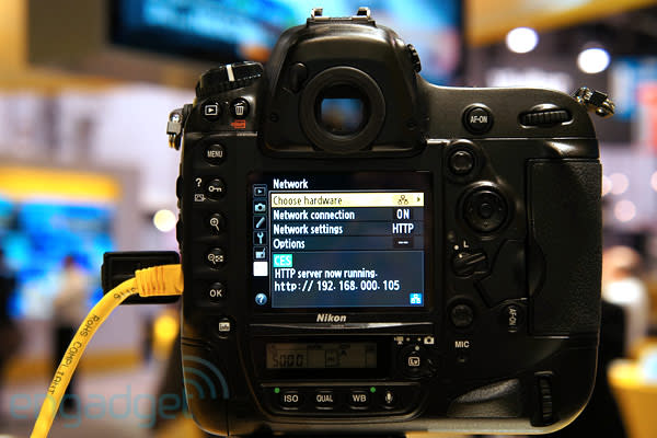 Nikon D4 Ethernet tethered shooting hands-on (video)