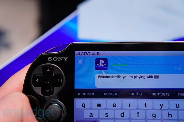 AT&T PlayStation Vita 3G hands-on, races PlayStation 3 on
