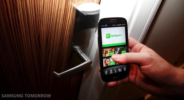 Samsung Galaxy S III replaces check-in, keycard, TV remote