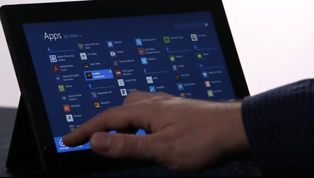 Microsoft previews Windows 8.1 on camera, forgets the Start button (video)