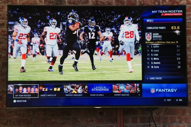Microsoft shows off ESPN and NFL apps for Xbox One, Yahoo and ESPN