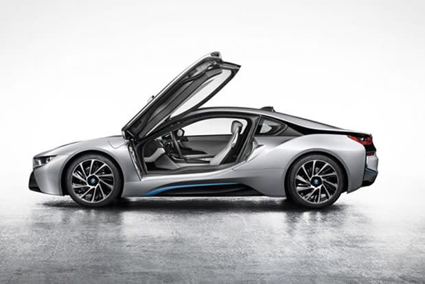 Bmw S I8 Plug In Hybrid Unveiled At Frankfurt Motor Show Headed To