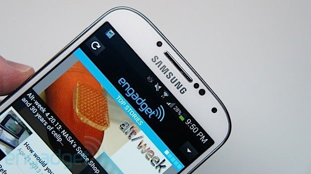 Galaxy S4 now lets you talk to Samsung's Gear smartwatch