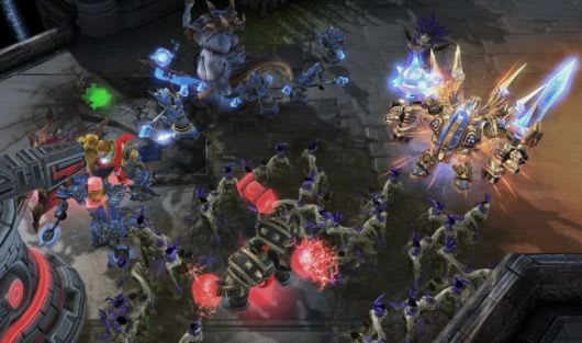 Starcraft 2 patch opens up custom maps, dev tools to all
