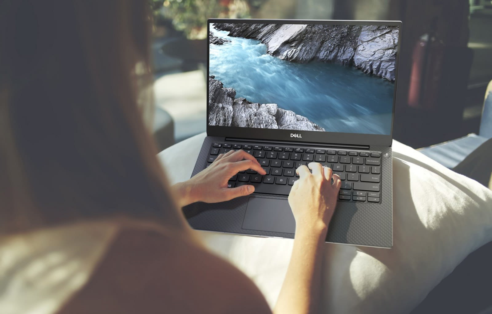 Dell Xps 13 2020 Review.Dell S Xps 13 Now Comes With The Latest Intel 10th Gen